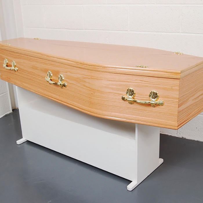 Flat Lid Oak Veneer Coffin