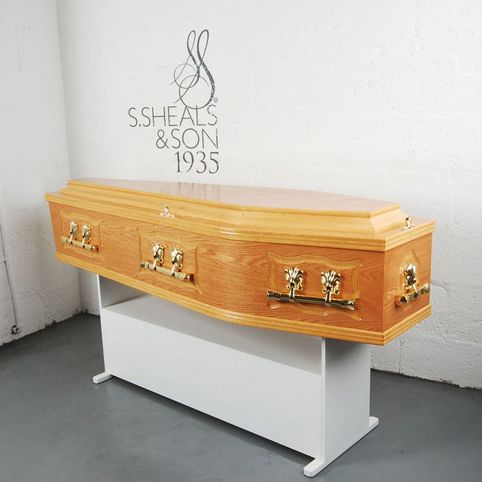 Panel Side Light Oak Coffin